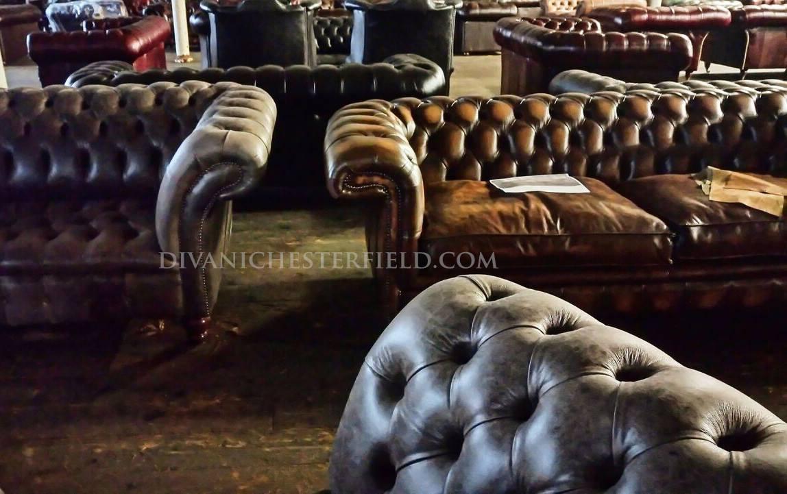 Poltrone divani chesterfield nuovi vintage vendita noleggio for Divani usati milano