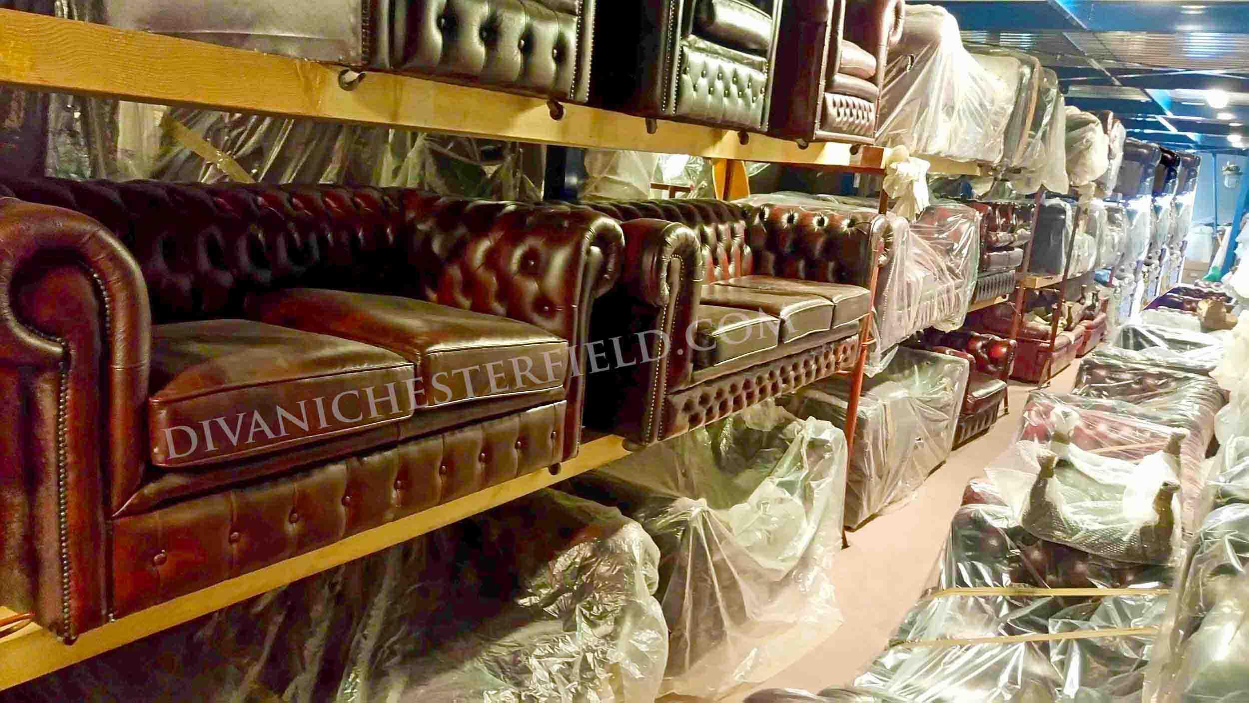 Divani chesterfield originali inglesi idee per il design della casa - Divano chesterfield prezzi ...