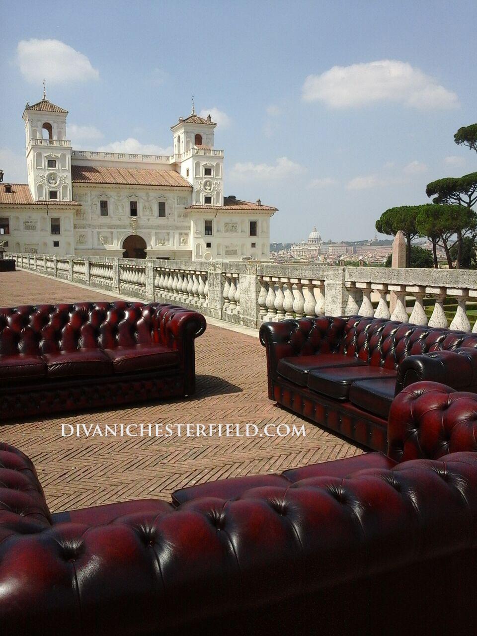 Noleggio divani chesterfield affitto poltrone chester for Divani chesterfield roma